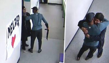 Przyszedł do szkoły z nabitą bronią i szaleństwem w oczach. Jeden uścisk ocalił szkołę od tragedii
