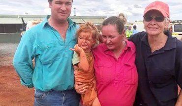 3-letnia dziewczyna przetrwała powódź dzięki swojemu psu! Przez wiele godzin błąkała się po spustoszonym terenie, szukając pomocy